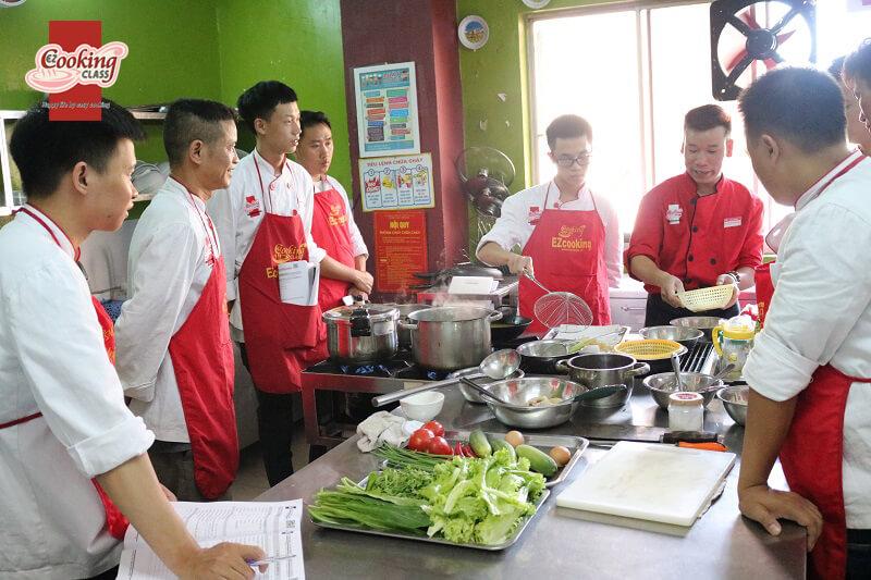Xu hướng lựa chọn học nghề đầu bếp của giới trẻ