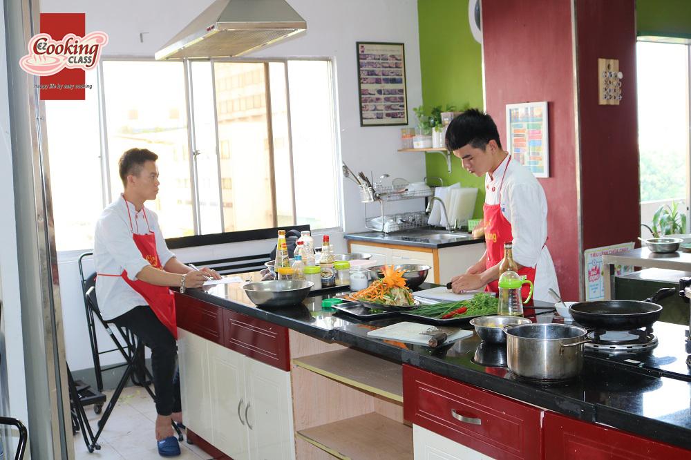 Cần nắm vững kỹ thuật nấu nướng để trở thành đầu bếp chuyên nghiệp