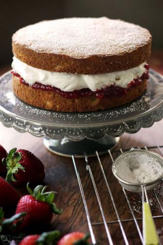 cake_Victoria_Sponge